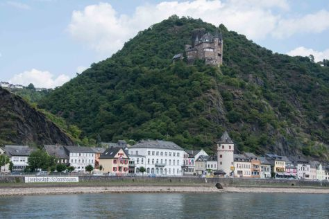 Middle Rhine - Katz Castle - Cat's Elbow Castle at Lorelei
