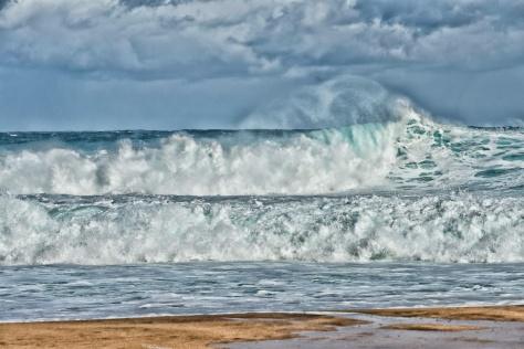 20160317 Waves At Tunnels Beach _DSC1246-182- ©Derek Chambers