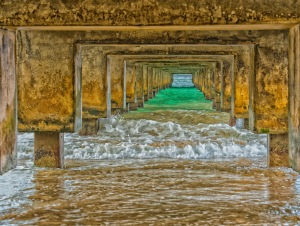 2016 03 17 Under the Pier at Hanelei Bay - ©Derek Chambers