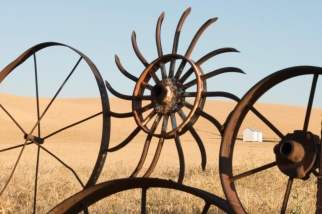 Wheels and wheels - Palouse - ©Derek Chambers